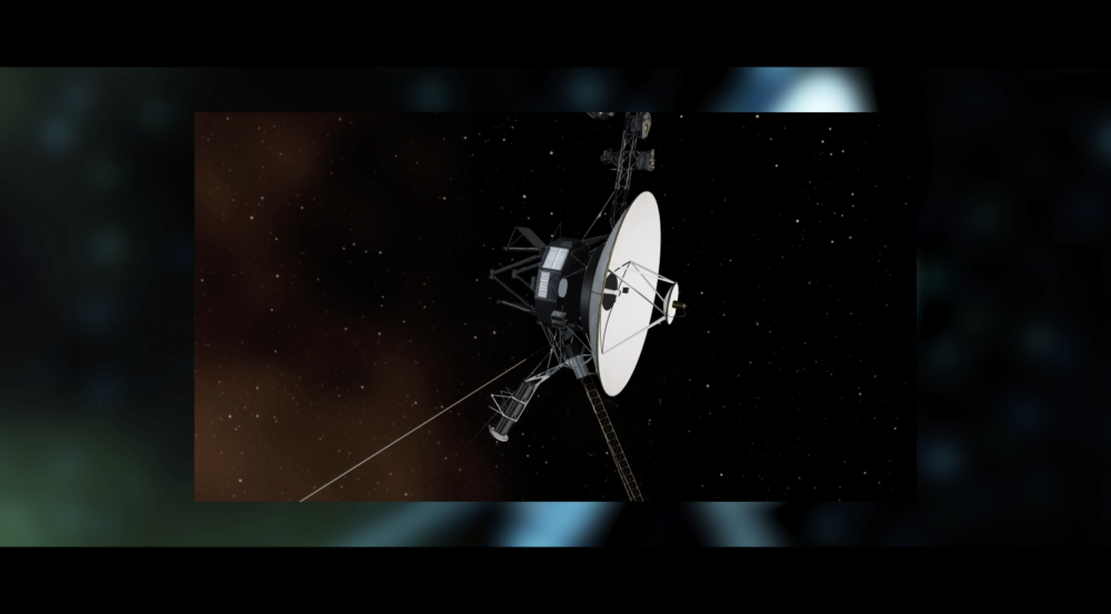 The animation shows technology that the Reed-Solomon codes have enabled: the Voyager spacecraft, DVDs, the Lincoln Experimental Satellite (LES-6), QR codes, and the Hubble Space Telescope.