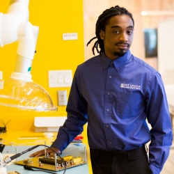 Shawn Reese, an engineering student, had a summer internship at M.I.T.'s Lincoln Laboratory. He is beginning work on a four-year degree in engineering at the University of Massachusetts at Lowell. Photo: Kayana Szymczak, The New York Times