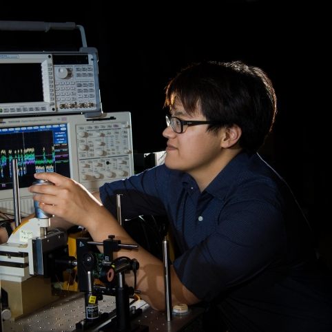 MIT 6-A student Jesse Chang aligns a narrow laser beam on a quad-cell photodetector in preparation for a direct-to-Earth optical communications uplink.